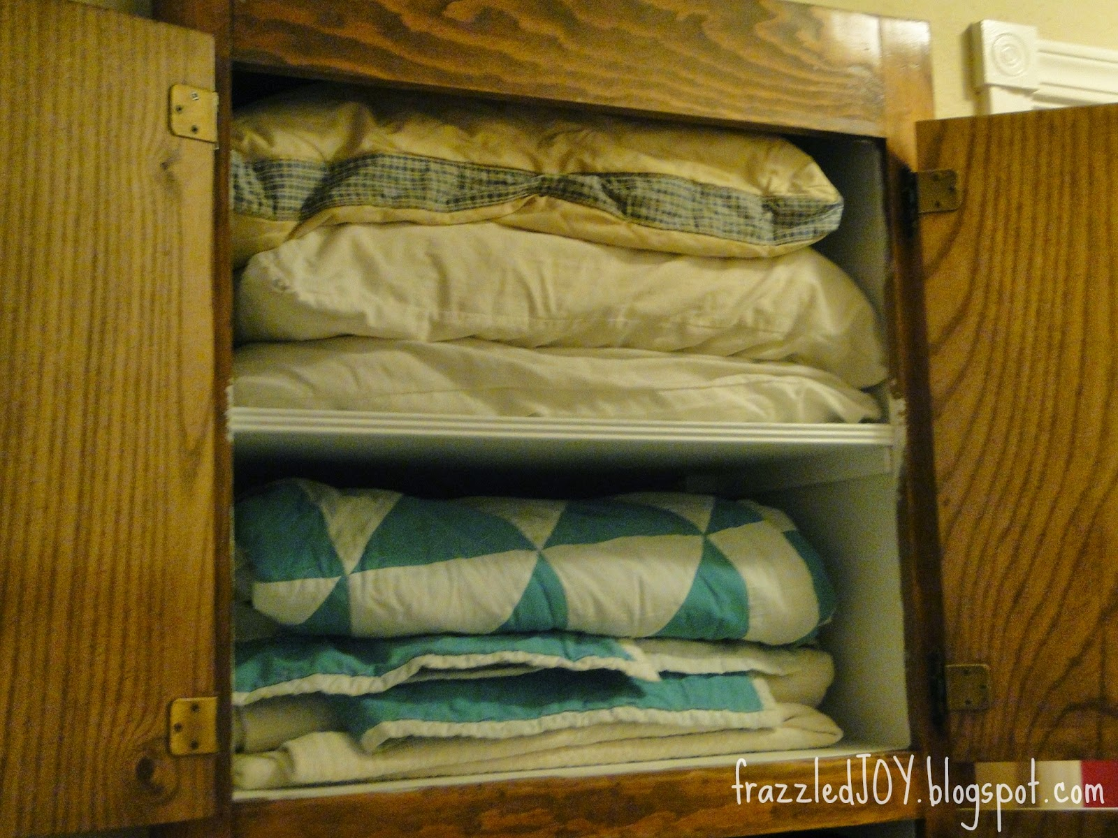 blanket and pillow storage