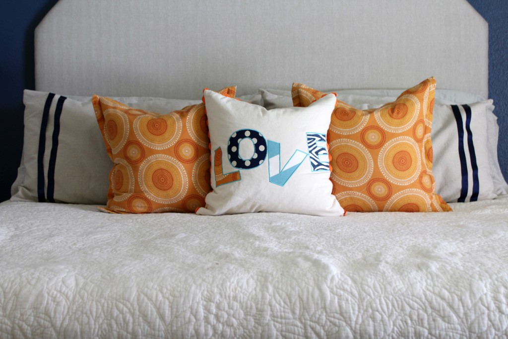 orange-pillows-for-fall