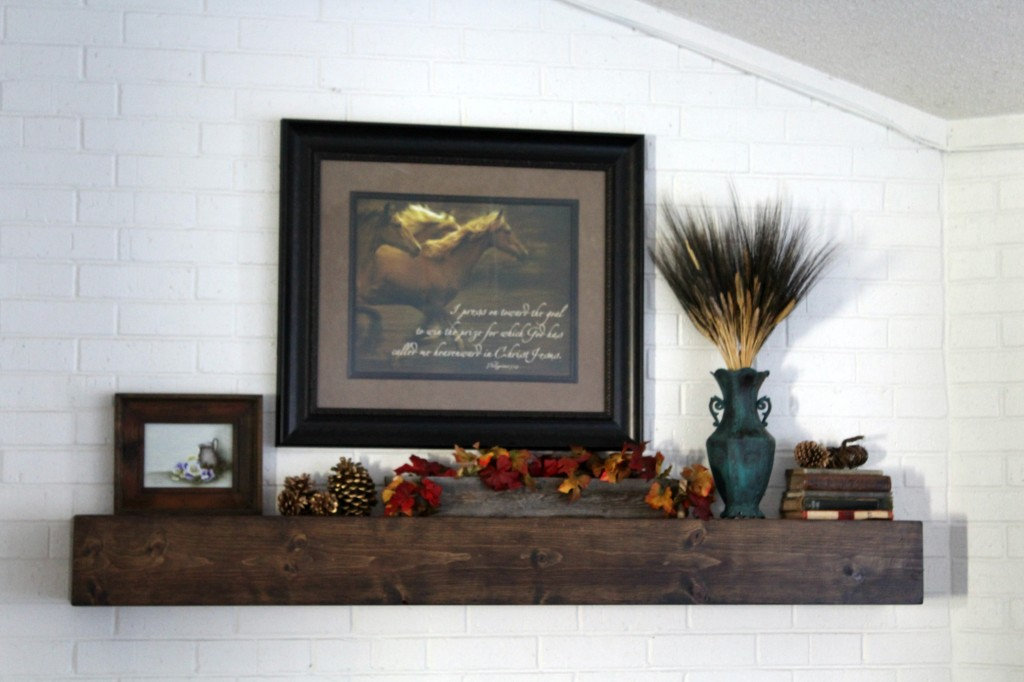 simple-fall-mantel
