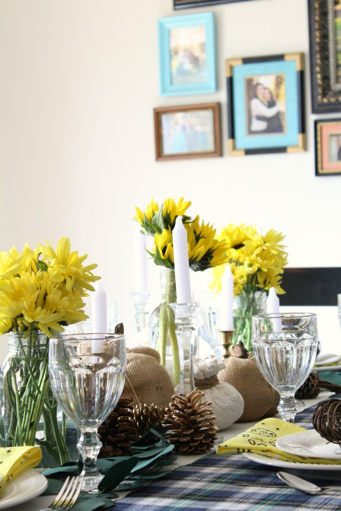 thanksgiving-tablescape-corner-closeup