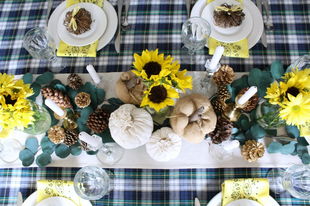 thanksgiving-tablescape-overhead