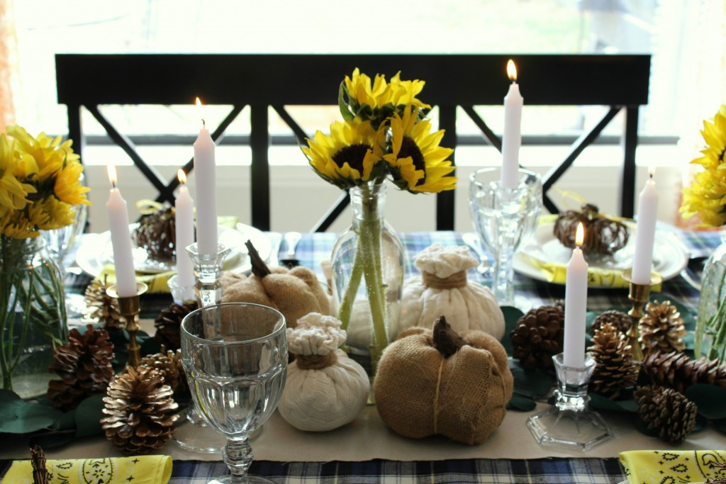 thanksgiving-tablescape-with-candles