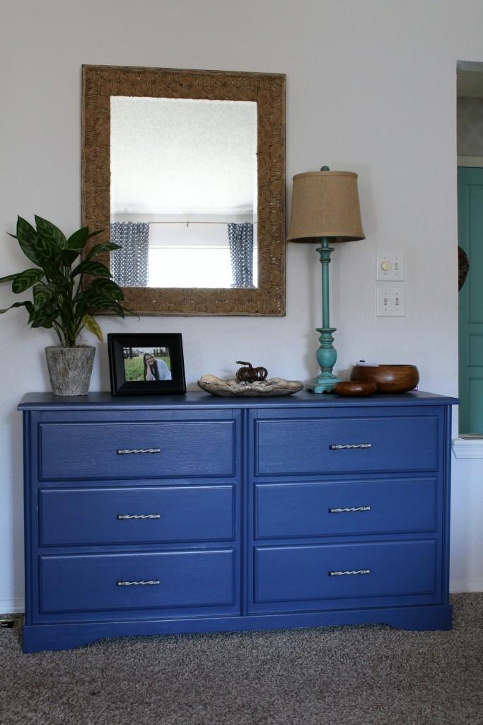 blue-dresser
