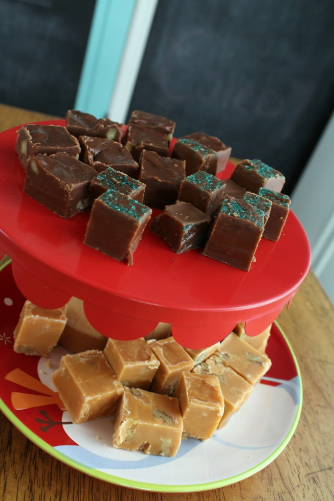Add sprinkles to the top of fudge with no nuts to make it easier to distinguish from the rest.