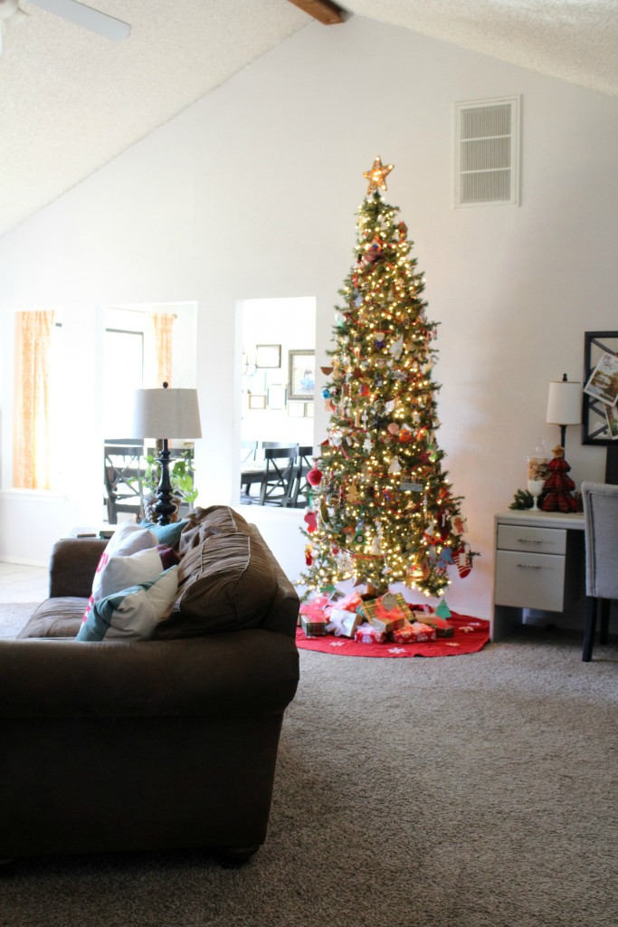 Christmas home tour at frazzled JOY