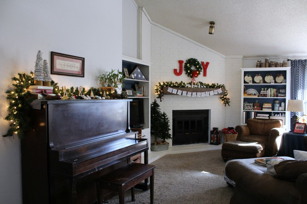 simple Christmas decor in the family room