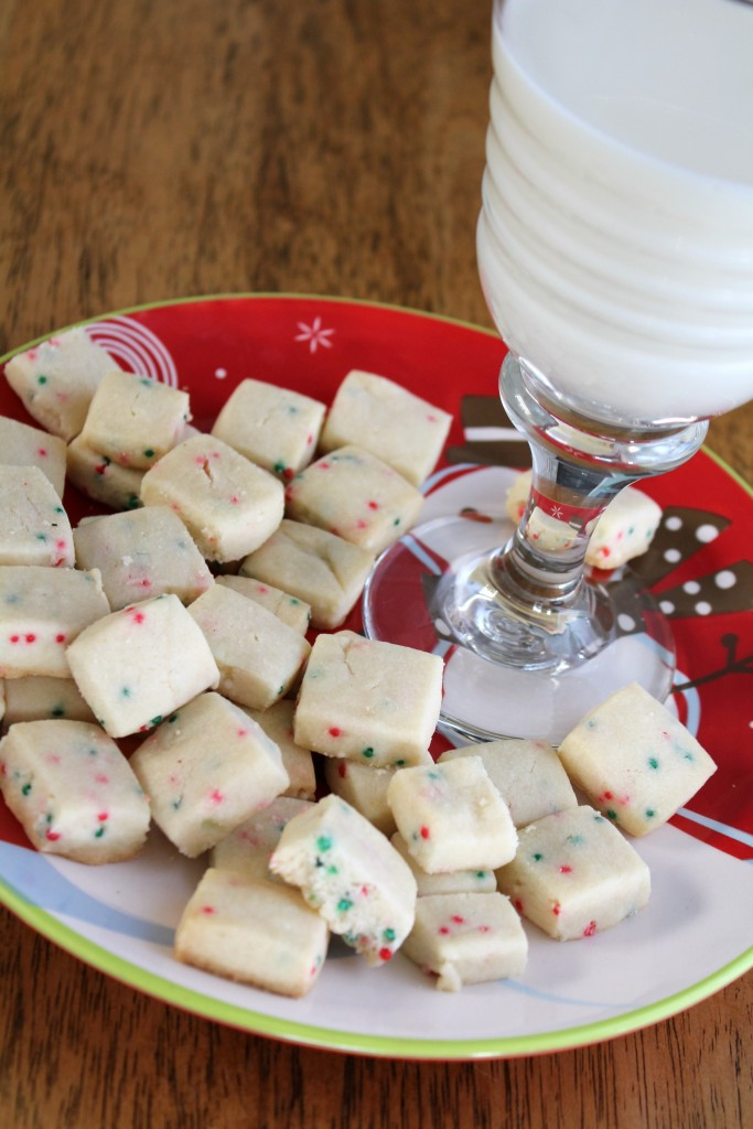 These bite-sized shortbread cookies are perfect for any occassion!