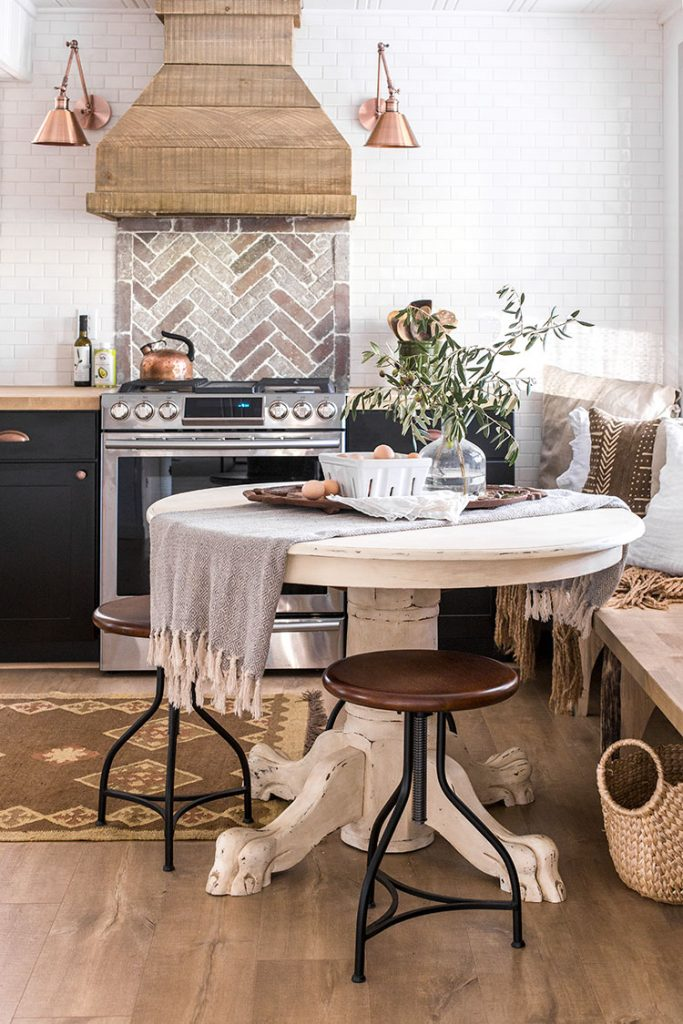 Cottage kitchen makeover from Jenna Sue Design Co.