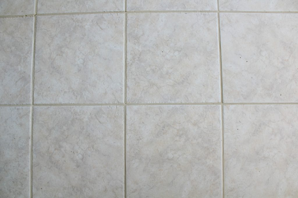 tile floor with grout renew