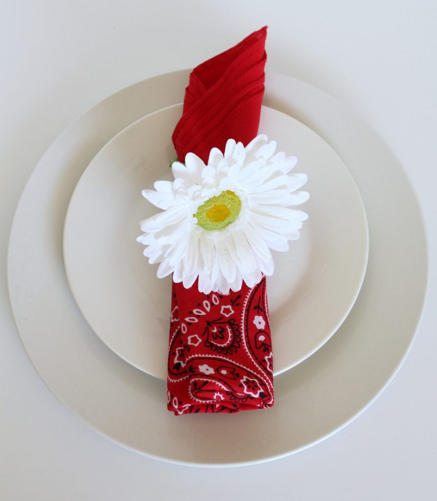 flower stem napkin ring DIY