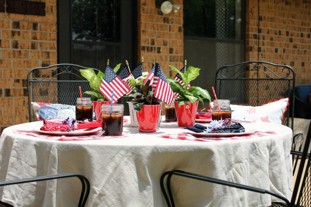 Summer USA tablescape