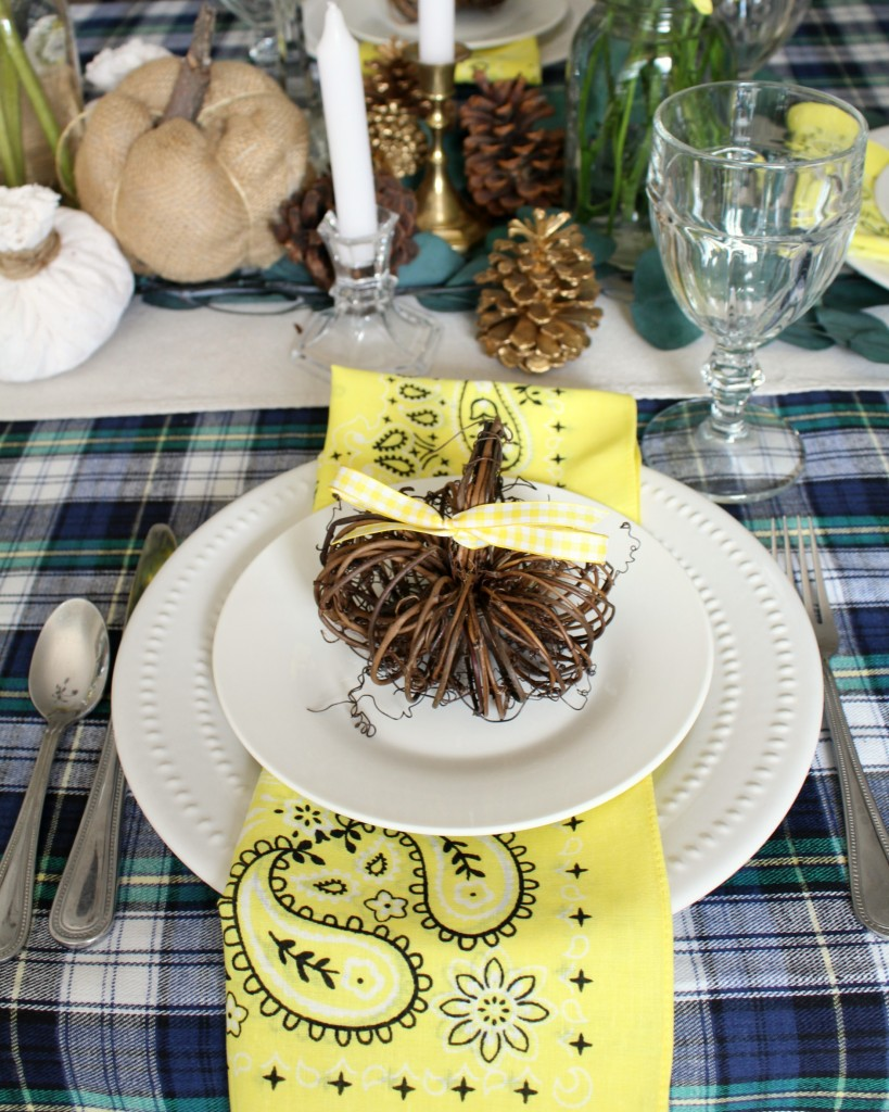 A Sunny Thanksgiving Tablescape