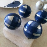 How to Hand Paint Dollar Tree Ornaments