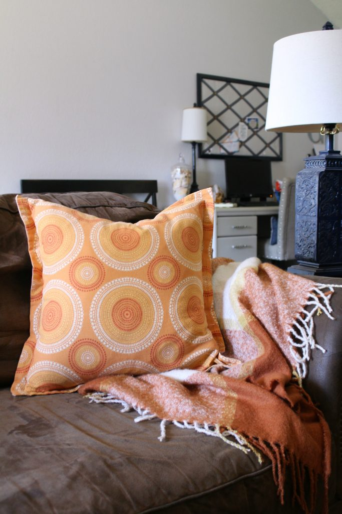 Warm colors and cozy throws for fall