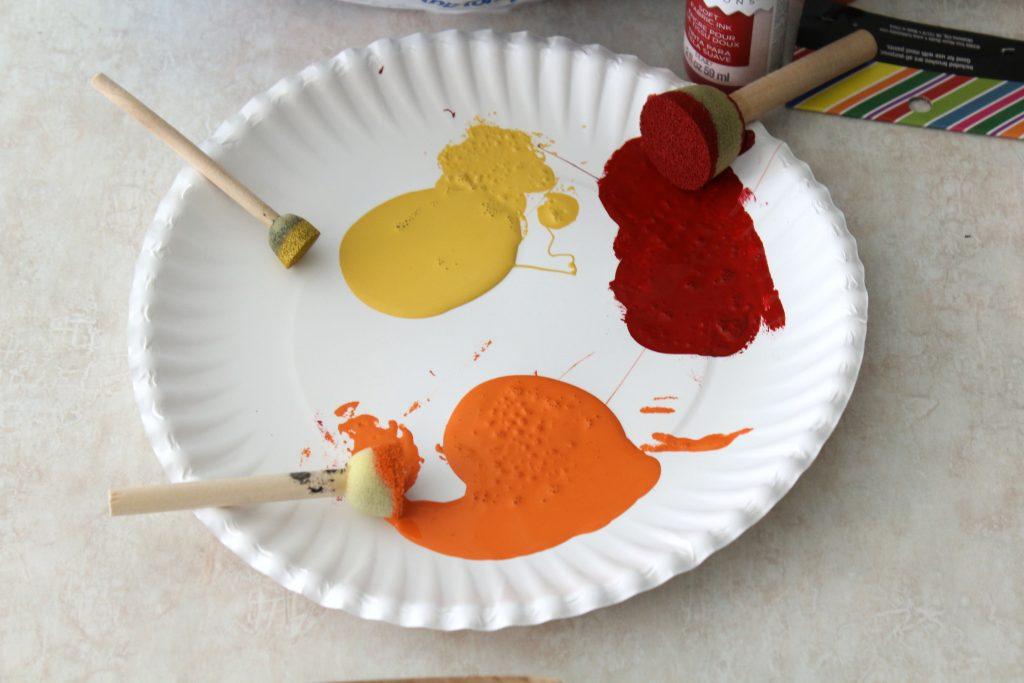 Sponge paint dobbers