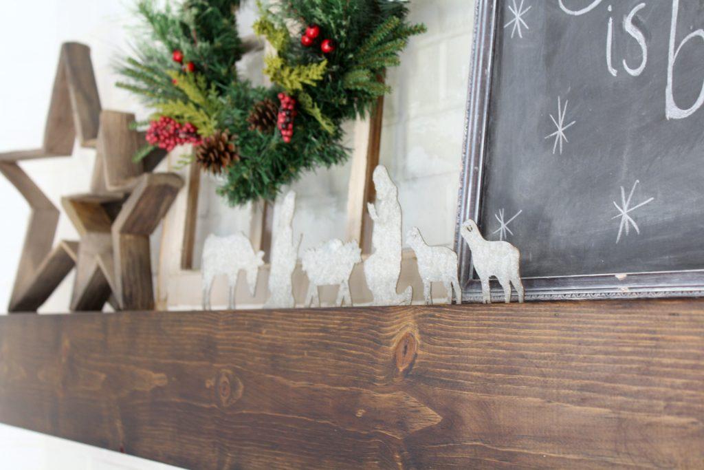 Cozy Farmhouse Christmas Mantel