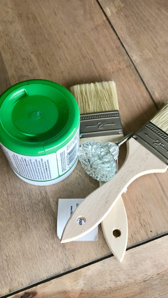 Side table makeover supplies
