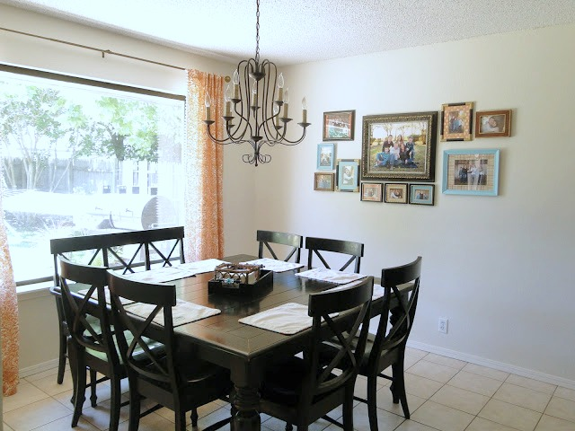 Breakfast nook with square black table