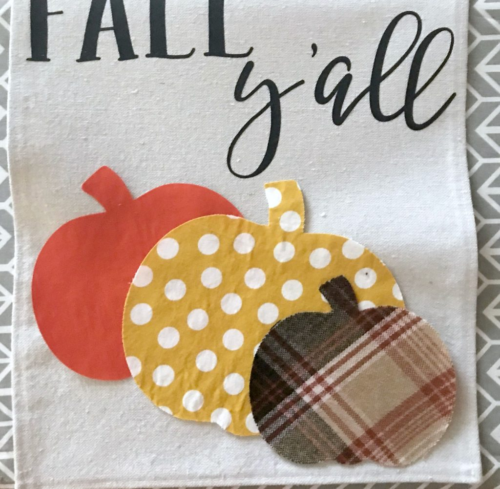 Adding fabric pumpkins to your DIY fall garden flag
