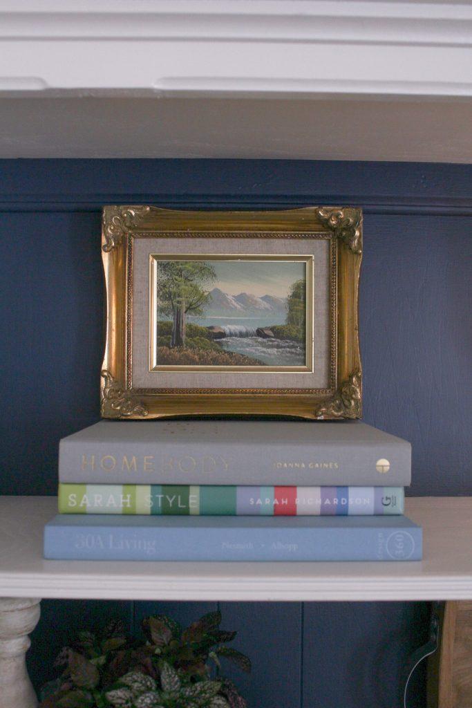 Summer bookshelf Styling Tips