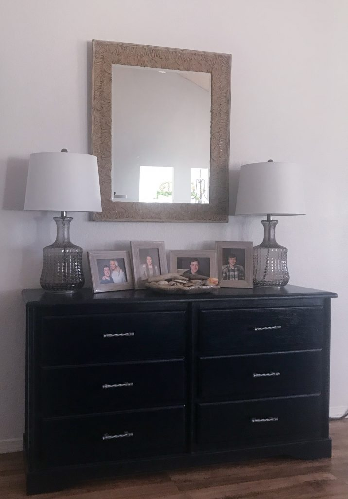 Entryway table with new lamps