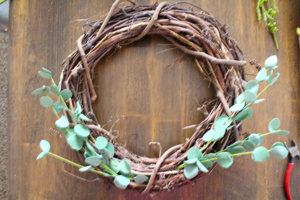DIY Spring Grapevine Wreath