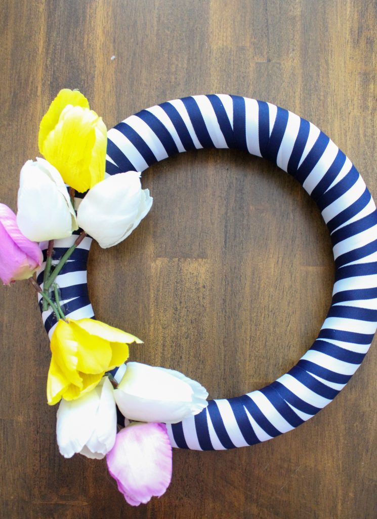 DIY Striped spring wreath
