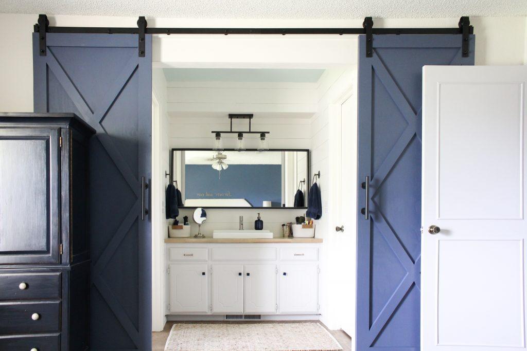 Modern Farmhouse Bathroom Update